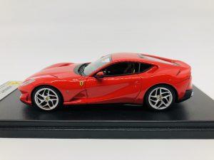 Ferrari 812 Superfast Rosso Scuderia Looksmart